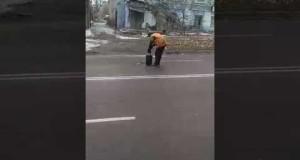 В Вознесенске «ремонтируют» дорогу!