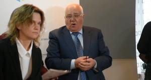 Миша Москаленко отрабатывает сребреники Иуды и срывает прес-конференцию экологов по поднятию уровня Александровского водохранилища