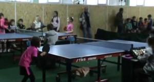 ВИДЕО Вознесенск: Всеукраинский новогодний турнир по настольному теннису среди детей 21.12.2017
