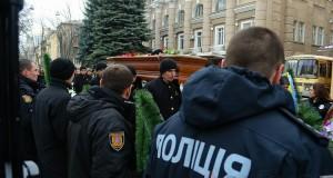 v_odesse_prostilis_s_ubitim_na_novoselskogo_politseyskim_5696
