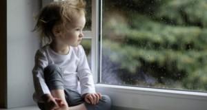 1527685683_sad-baby-1280x720-563x353